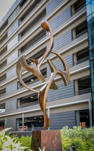 Acrobat, bronze, FMC Tower-Cira Centre South, Philadelphia, PA